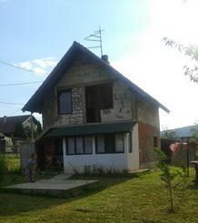 Kuća-Aranđelovac-Vrbica