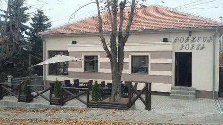 Lokal-Topola