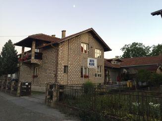 Kuća-Mladenovac