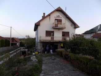 Kuća-Topola