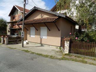 Kuća-Aranđelovac-Lamele