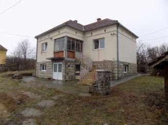 Kuća-Topola-Mitrovčić