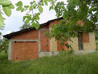 Kuća-Topola-Ljubeselo